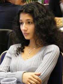 Irina Gevorgian, une belle uzbekistane, mince et intelligente